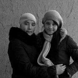 Mardjuda et Rosa, mes petites élèves (auxquelles je donne des cours d'Anglais)